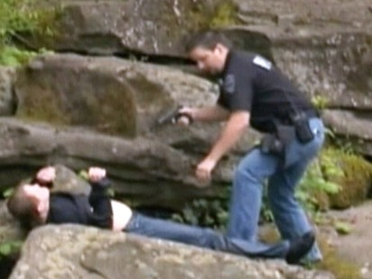 VIDEO: An Oregon police officer uses his Taser on a suspected carjacker.