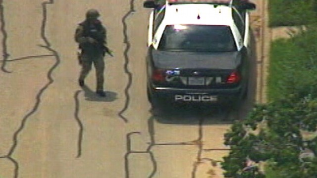 Texas A&M Online >> Texas A&M Shooting: 3 Dead Including Cop and Gunman - ABC News