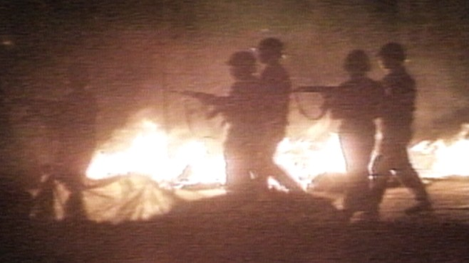VIDEO: Soldiers open fire on civilians in Tiananmen Square