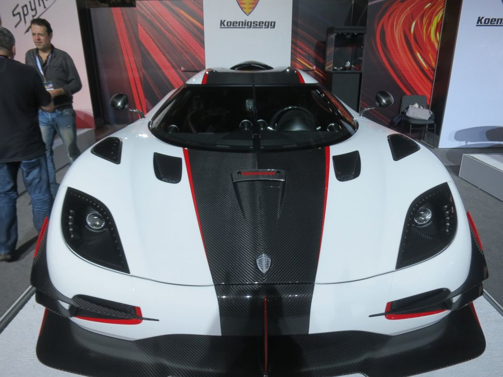 PHOTO: Swedens Koenigsegg Automotive ABs One:1 is named for its power-to-weight ratio, with 1 Megawatt or 1,360hp to match its 1,360kg curb weight -- a world first for a production car.