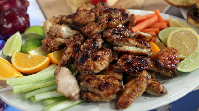 PHOTO: Dwight Freeney's Lime Mojo Chicken Wings