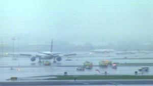 Plane With Dead Pilot Lands Safely in Newark, NJ