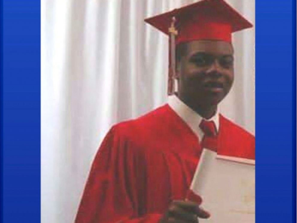 PHOTO: The city of Chicago will comply with a judges order to release a video of a police officer shooting a black teenager, Laquan McDonald.
