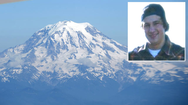 PHOTO: Derek Tyndall, inset, and snowboarder, Thomas Dale, are reportedly stranded on Mt. Ranier awaiting rescue.