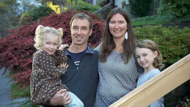 PHOTO: In a public letter to friends and family, Greg Hanscom, senior editor at Grist.org, implored his loved ones to buy nothing for his kids this Christmas. Hanscom is seen here with his wife and two daughters.