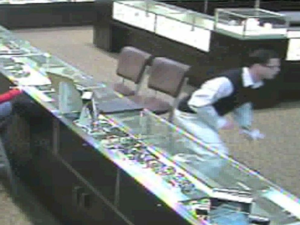 How These Jetsetting Thieves Who Stole Over 3m In Diamonds Jewelry