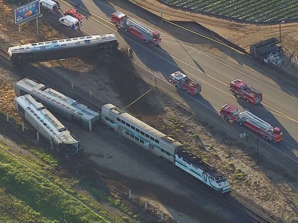PHOTO: Southern Californias Metrolink commuter service says one of its trains struck a truck, causing a number of train cars to derail in Oxnard, Calif., Feb. 24, 2015.