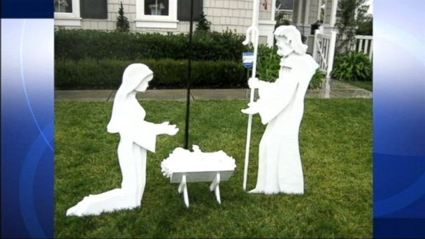 PHOTO: Thieves stole a nativity scene from the front yard of a Temecula, Calif. family.