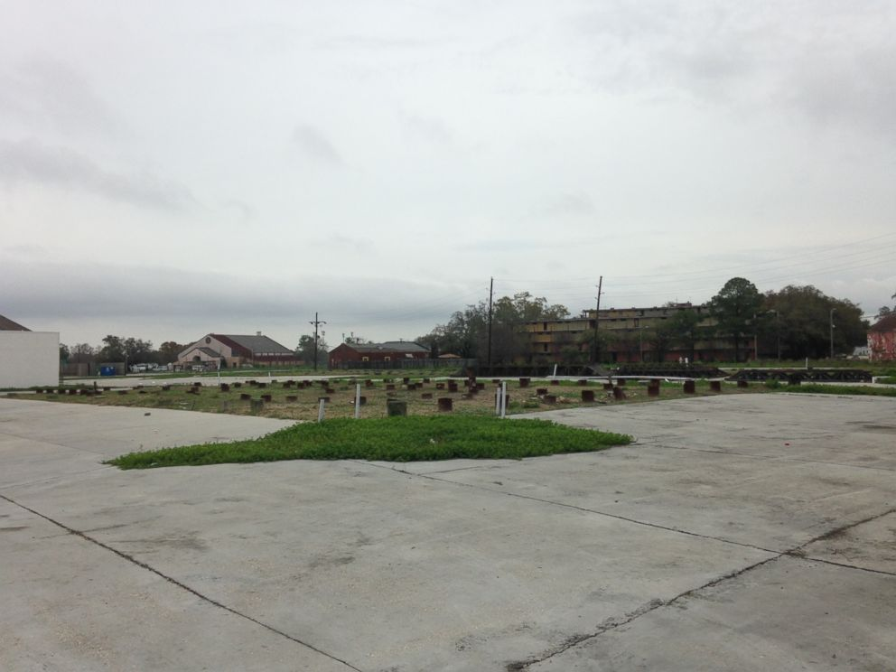 PHOTO: The empty lot in New Orleans where investors say a hotel complex is supposed to be.