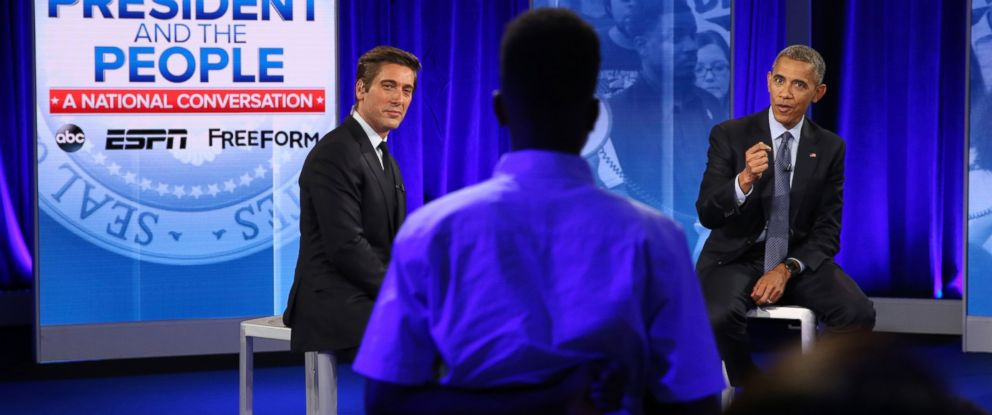 PHOTO: ABC's David Muir moderates a town hall discussion with President Barack Obama and Americans affected by recent events, in Washington, D.C., July 14, 2016.