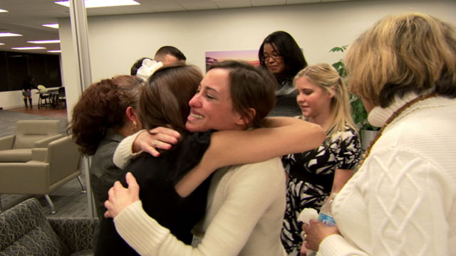 PHOTO: The four women meet with the Rodriguez family in Chicago after receiving organs from Paco Rodriguez