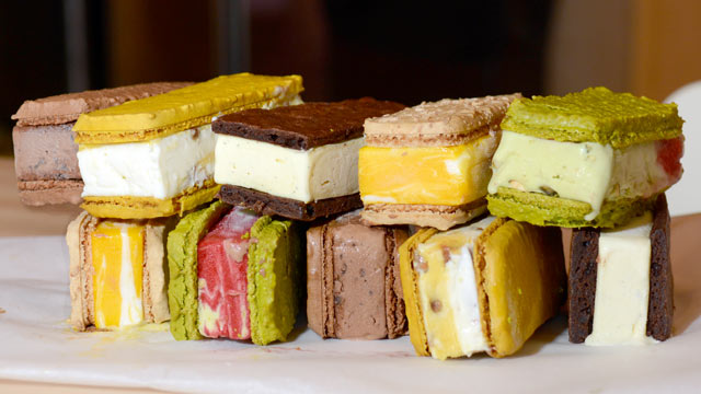 PHOTO: Francois Payard Bakery has a selection of macaroon ice cream sandwiches, seen here at the New York City location, July 27, 2012.