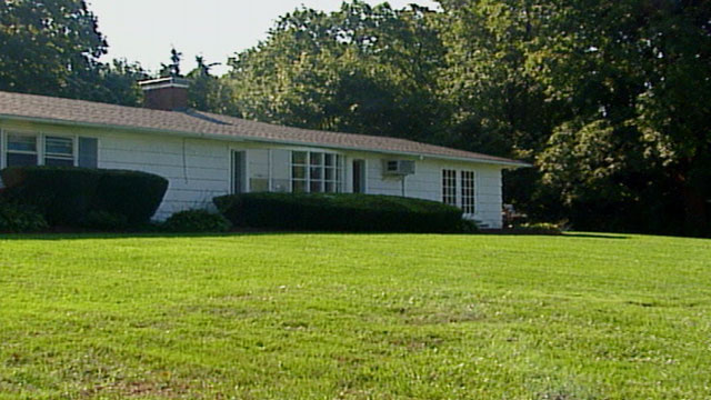 PHOTO: Photo of the house Daniel Pelosi shared with Generosa Pelosi in Long Island after they were married in 2002 -- three months after Generosa's first husband was found murdered.