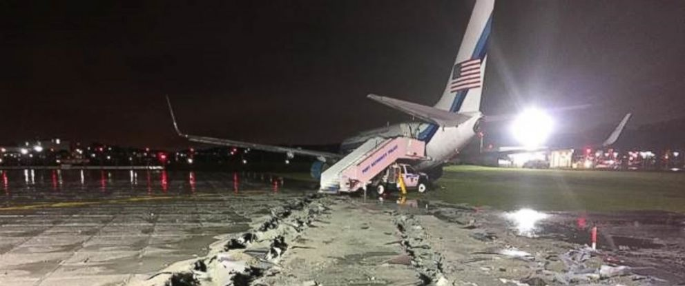 PHOTO: An aircraft carrying Republican presidential candidate Mike Pence slid off the runway at New York Citys LaGuardia Airport on October 26, 2016.