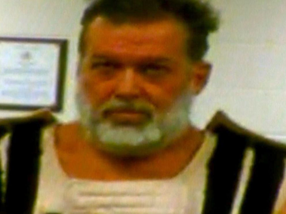 PHOTO: Planned Parenthood shooting suspect Robert Dear appears in court from El Paso County jail via video on Nov. 30, 2015.