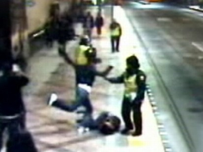 VIDEO: A teen is beaten in Seattle while three security guards do nothing.
