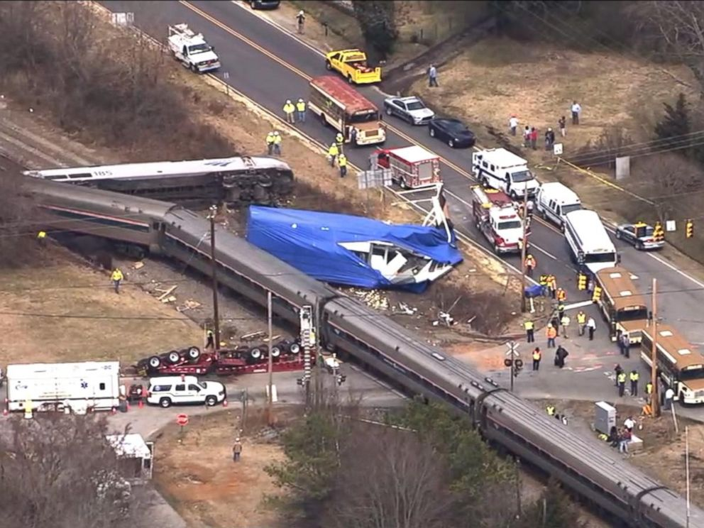 amtrak train derails in north carolina after hitting tractor trailer