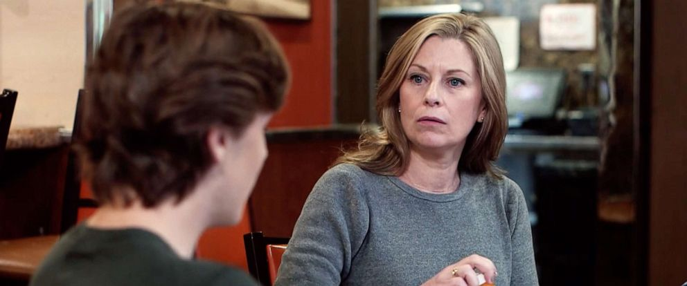 "PHOTO: Actress Angela in character as the addicted mother on an episode of ""What Would You Do?"""