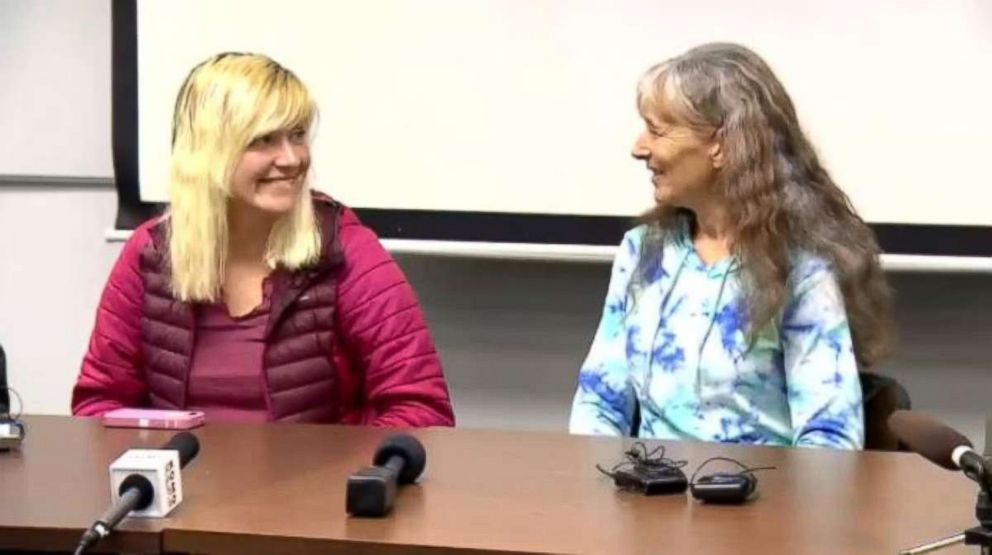 PHOTO: Katharina Groene, left, and Nancy Abell discuss Groenes rescue from the Pacific Coast Trail at a press conference on Monday, Oct. 29, 2018.