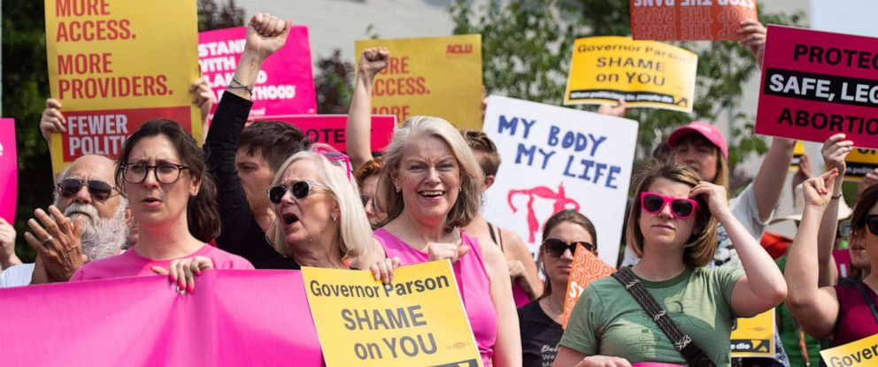 PHOTO: Pro-choice supporters and staff of Planned Parenthood hold a rally outside the Planned Parenthood Reproductive Health Services Center in St. Louis, May 31, 2019, the last location in the state performing abortions.
