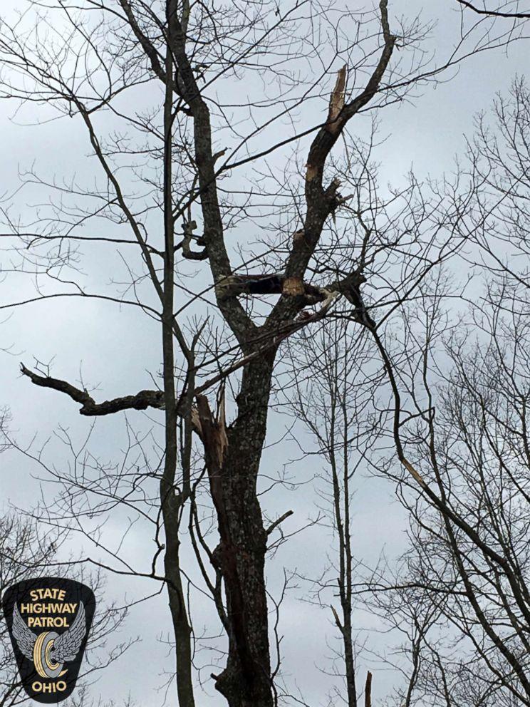 PHOTO: Three crew members were killed in an air ambulance helicopter crash near Zeleski, Ohio, Jan. 29, 2019.