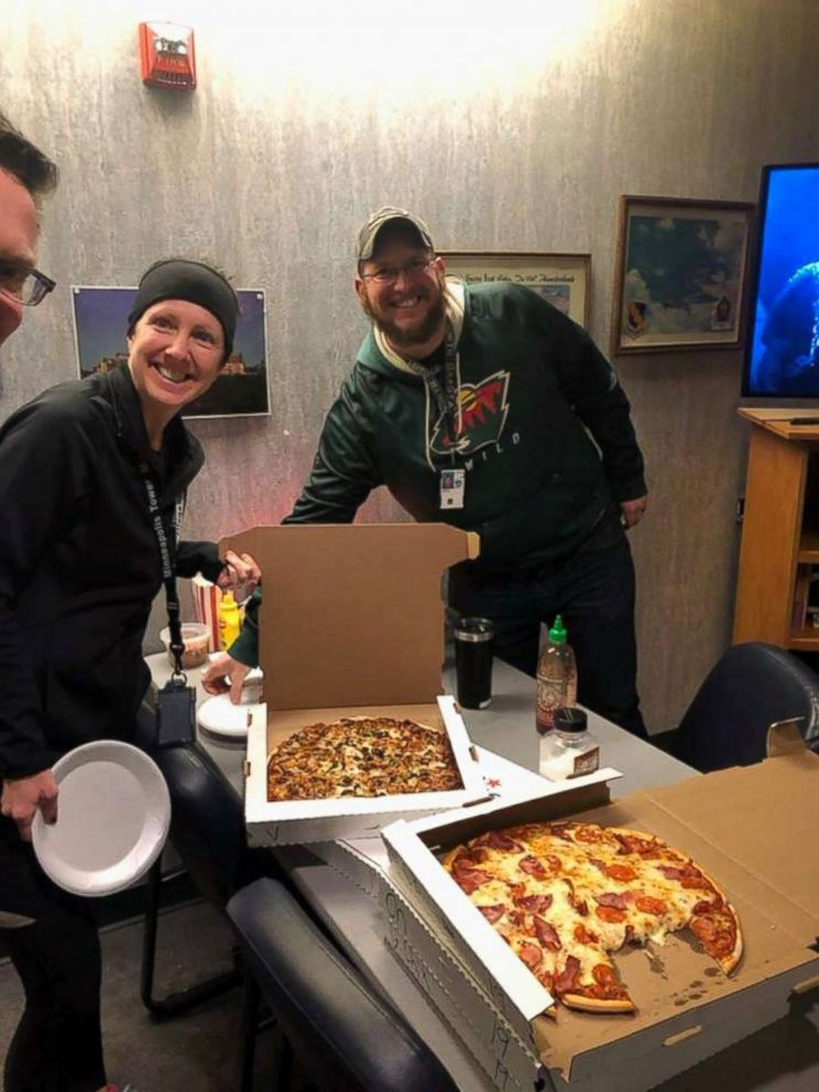 PHOTO: Air traffic controllers in Minneapolis, Minn. were sent pizzas from their Canadian counterparts as part of a show of solidarity amid the ongoing U.S. government shutdown.
