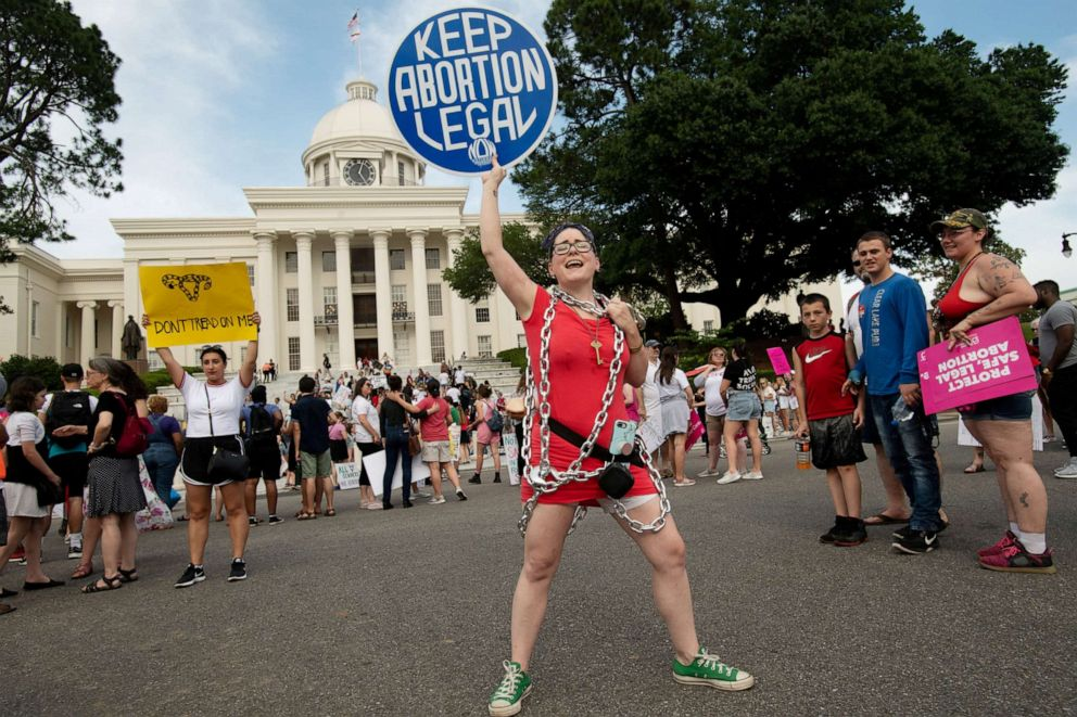 PHOTO: Kelli Thompson chants at the Alabama State Capitol during the March for Reproductive Freedom against the states new abortion law, the Alabama Human Life Protection Act, in Montgomery, Ala., May 19, 2019.