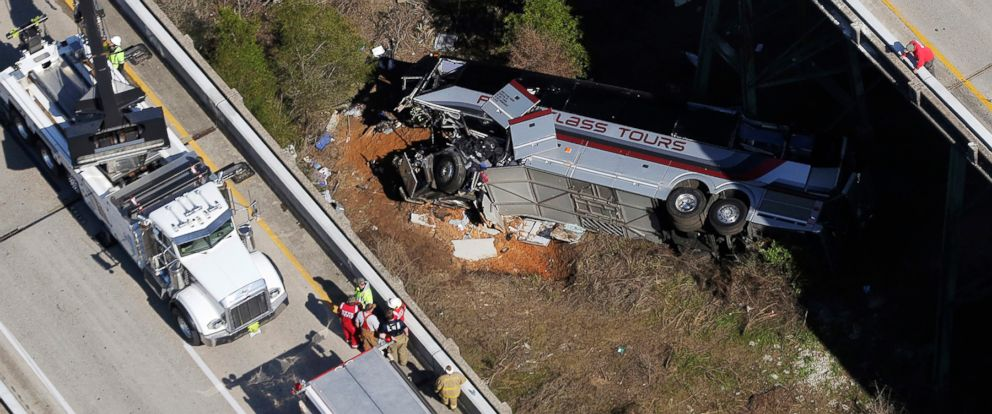PHOTO: Rescue crews work at the scene of a deadly charter bus crash, March 13, 2018, in Loxley, Ala. The bus carrying Texas high school band members home from Disney World plunged into a ravine before dawn Tuesday.
