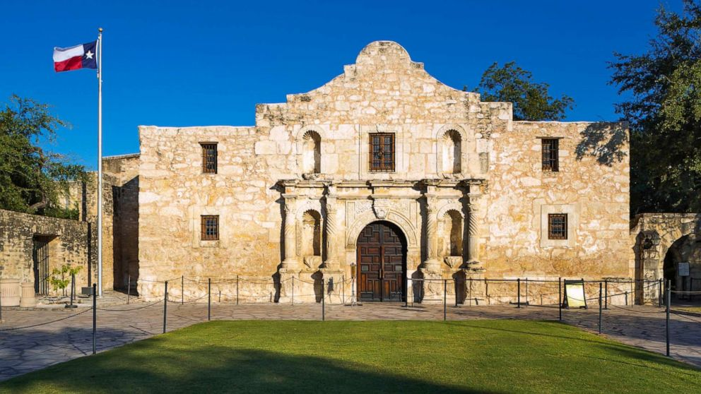 Alamo workers discover 3 bodies during restoration efforts at the historic  Spanish mission - ABC News