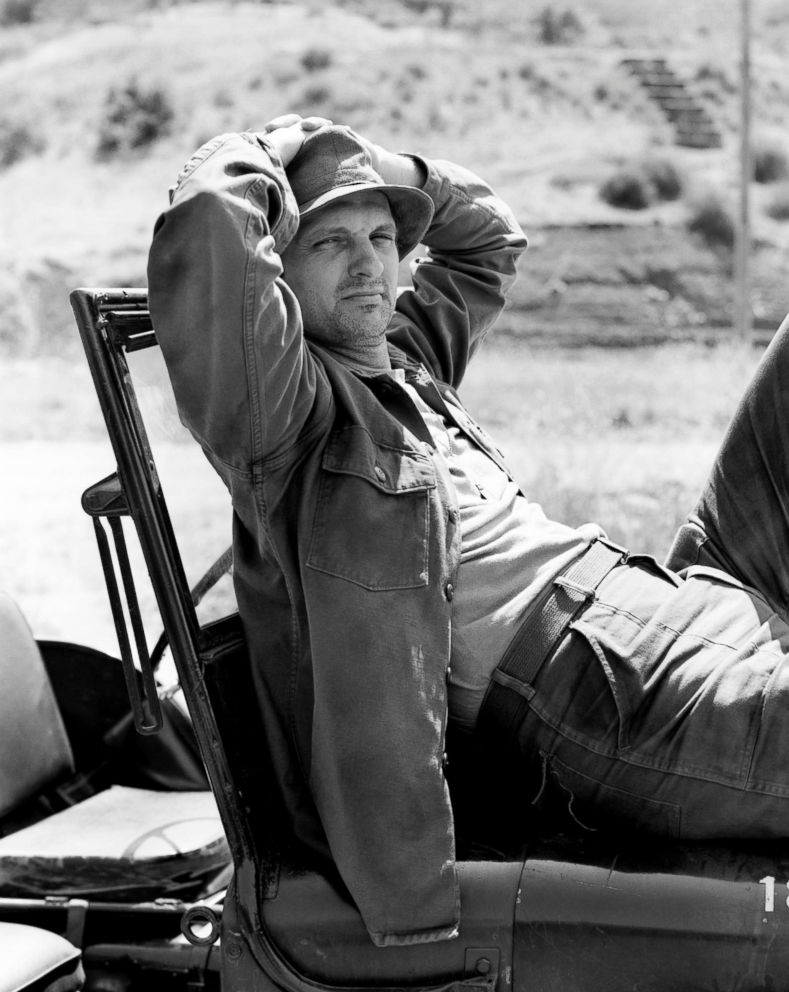 PHOTO: Alan Alda stars as Captain Benjamin Franklin Hawkeye Pierce in the CBS television series M*A*S*H in May 9, 1972, Los Angeles.
