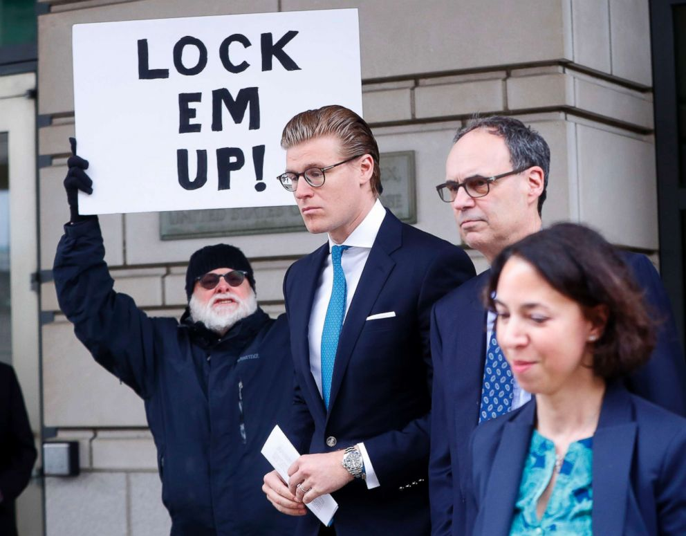 PHOTO: Alex van der Zwaan leaves Federal District Court in Washington, D.C., on April 3, 2018.