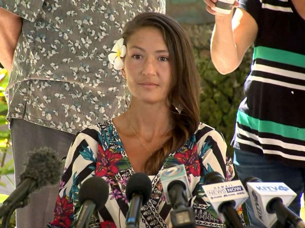 PHOTO: Amanda Eller, the yoga teacher who survived 17 days lost in a dense Hawaii forest, speaks to reporters, May 28, 2019.