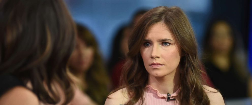"""PHOTO: Amanda Knox, the study abroad student who was accused in Italy of the 2007 murder of her roommate, Meredith Kercher, is standing up for other women as host of her own docuseries, """"The Scarlet Letter Reports."""""""