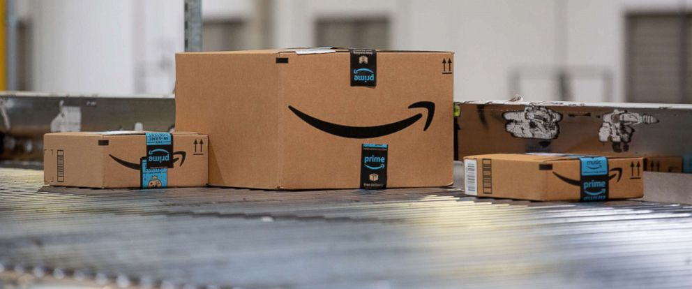 PHOTO: Packages on a conveyor belt at the Amazon.com Inc. fulfillment center in Robbinsville, N.J., June 7, 2018.