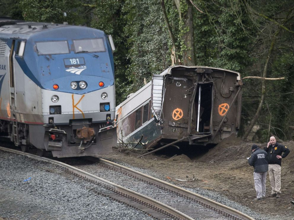 PHOTO: Investigators work at the scene of a Amtrak train derailment on Dec. 18, 2017 in DuPont, Wash.