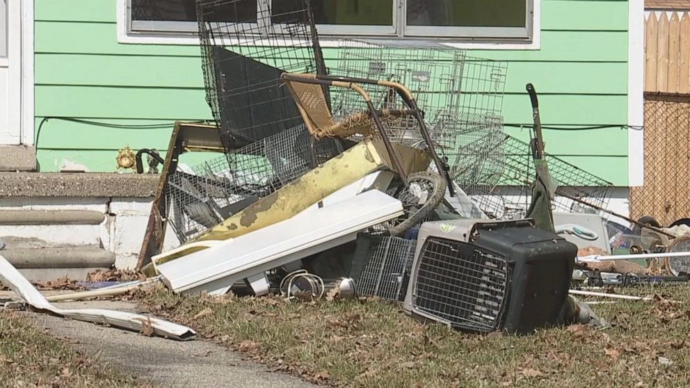 PHOTO: Macomb County Animal County seized 88 cats, a dog and a beta fish from a home in Mount Clemens, Michigan, where a woman in her 60s was being evacuated.