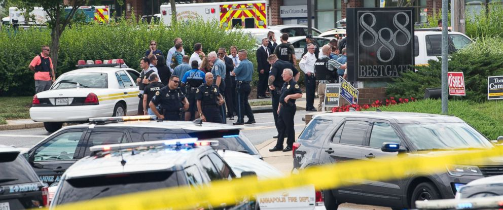 PHOTO: Police respond to a shooting at the offices of the Capital Gazette, a daily newspaper, in Annapolis, Md., June 28, 2018.