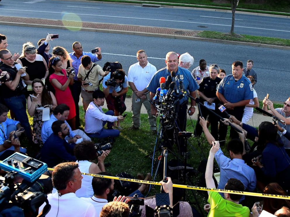 PHOTO: A police officer speaks to the media near the scene of a mass shooting in Annapolis, Maryland, June 28, 2018.