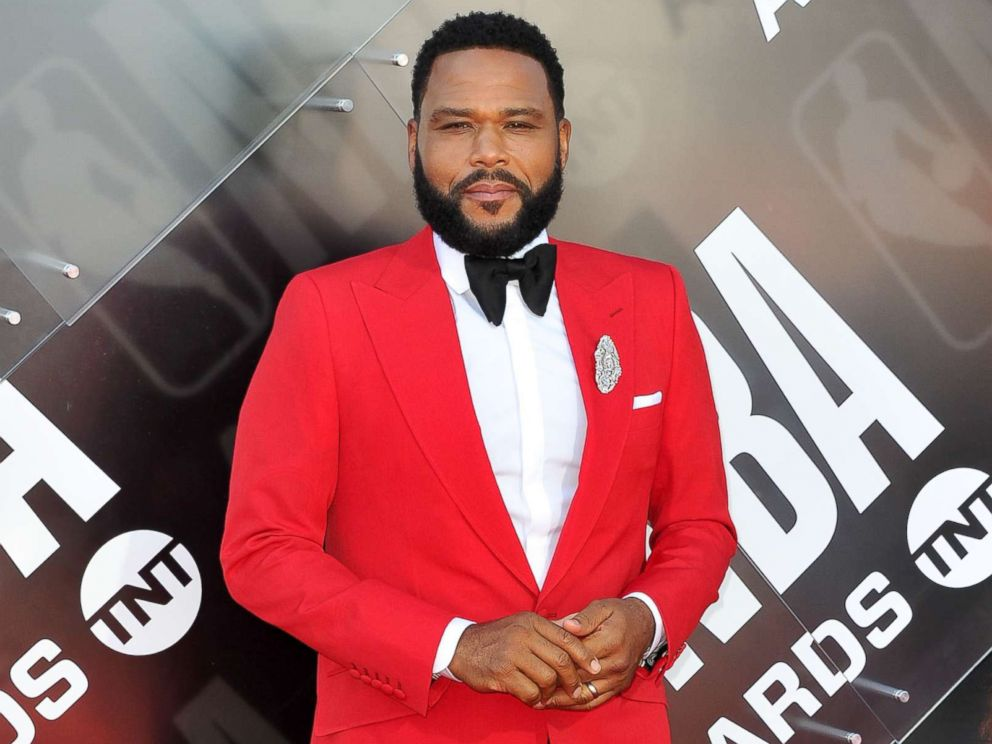 PHOTO: Anthony Anderson attends the 2018 NBA Awards Show at Barker Hangar on June 25, 2018 in Santa Monica, Calif.