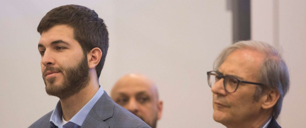 PHOTO: Anthony Comello, 24, appears in court in Staten Island, N.Y., for a hearing on April 24, 2019. Robert Gottlieb, Comellos lawyer, is at right.