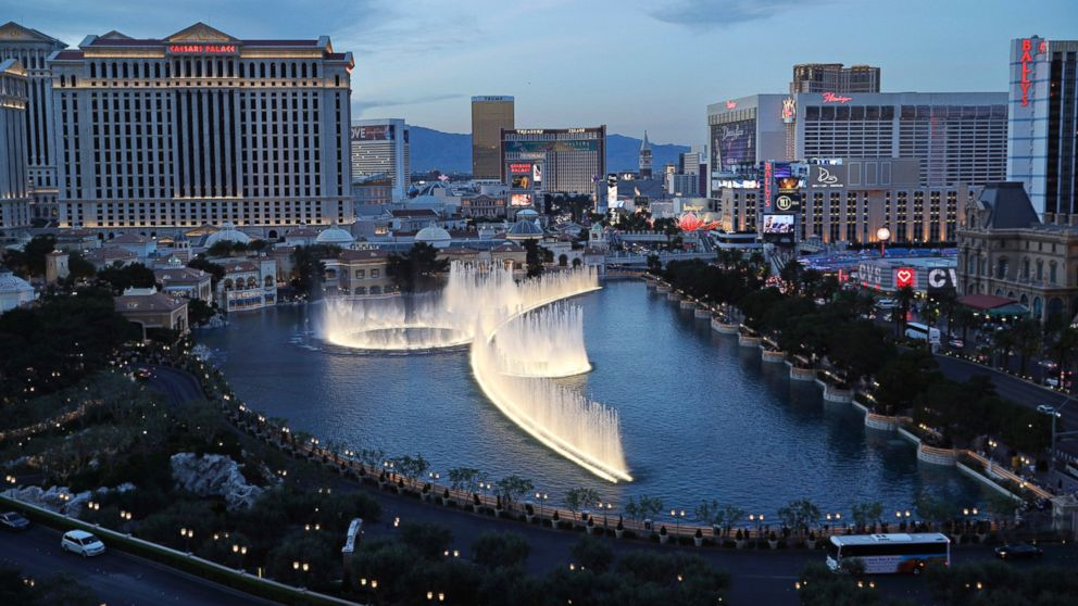 Gunman On The Run After Robbing Las Vegas Casino Poker Room Abc News