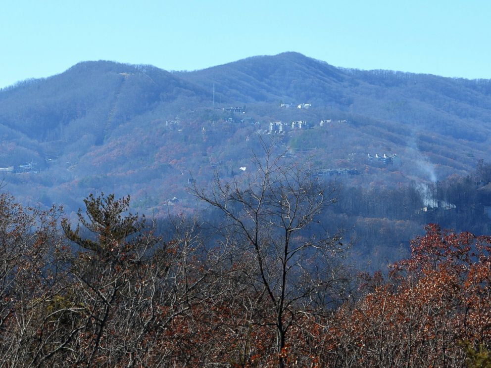 PHOTO: Small wildfires linger in Gatlinburg, Tennessee, Dec. 1, 2016.