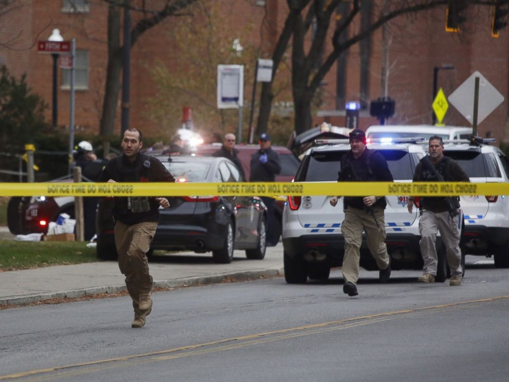 PHOTO: Police respond to reports of an active shooter on campus at Ohio State University on Monday, Nov. 28, 2016, in Columbus, Ohio.