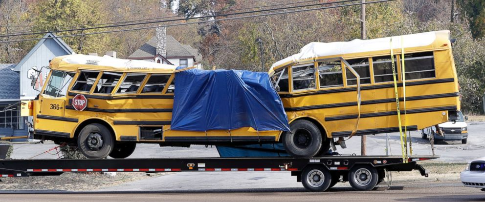 PHOTO: A school bus is carried away Tuesday, Nov. 22, 2016, in Chattanooga, Tenn., from the site where it crashed on Monday.