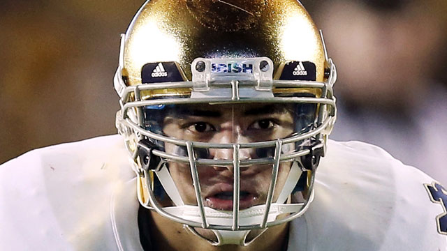 PHOTO: In this Nov. 10, 2012, file photo, Notre Dame linebacker Manti Teo waits for the snap during the second half of their NCAA college football game against Boston College in Boston.