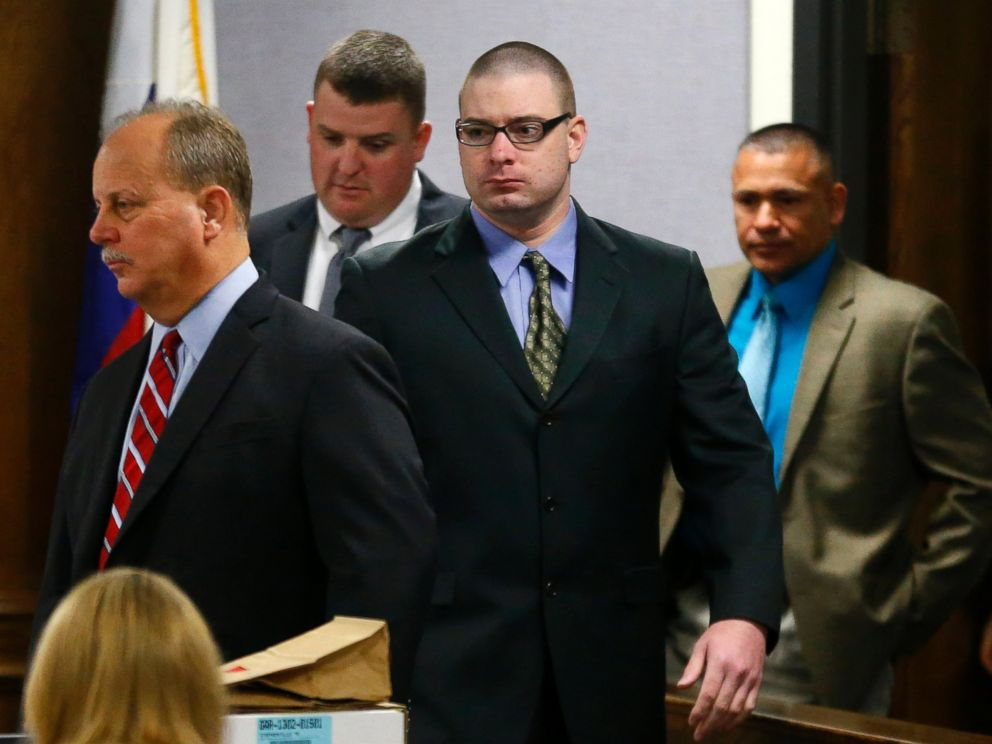 PHOTO: Former Marine Cpl. Eddie Ray Routh, center, is led into court by his defense attorney J. Warren St. John, left, for the second day of his capital murder trial in Stephenville, Texas, Thursday, Feb. 12, 2015.