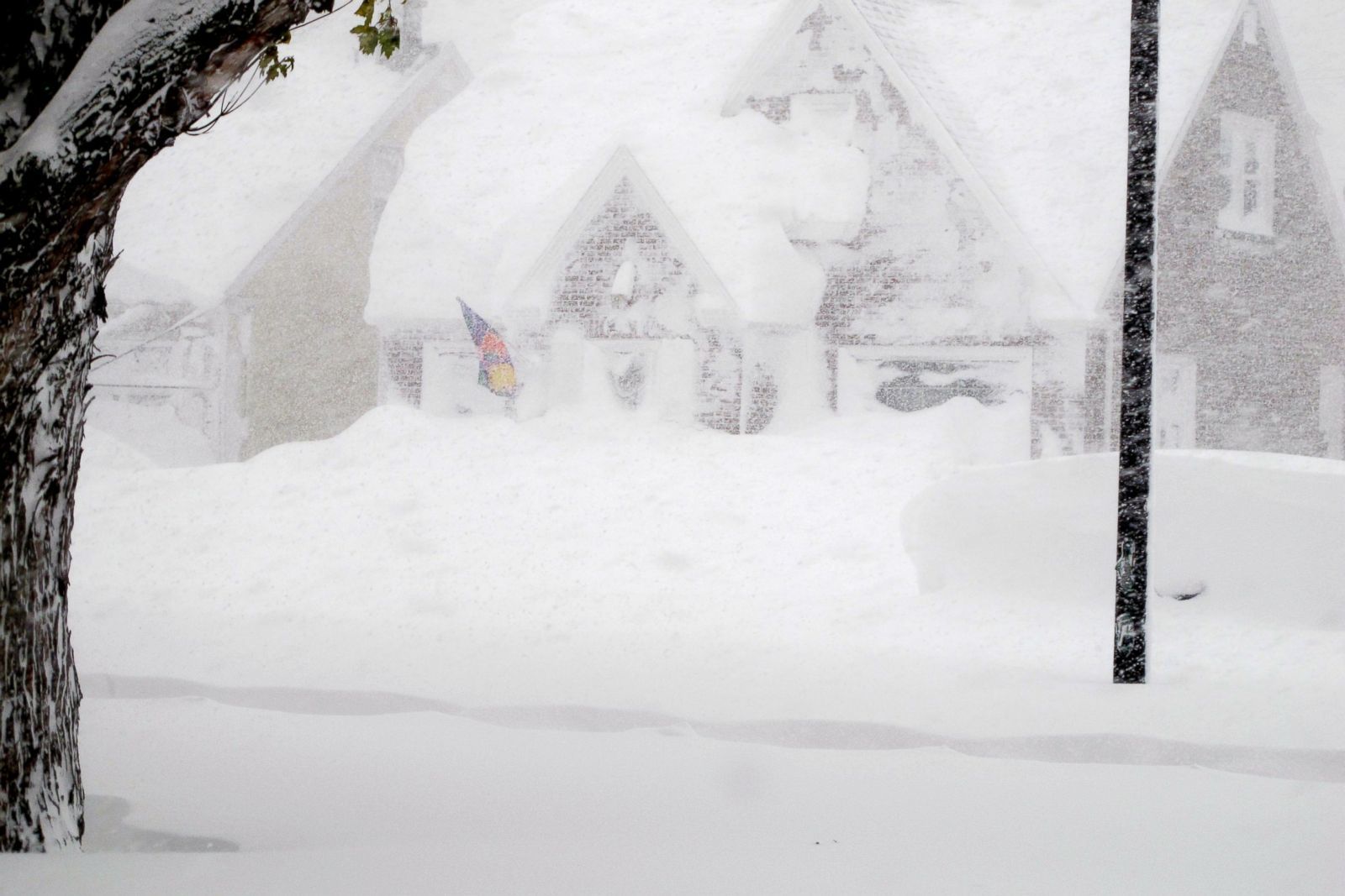 Buffalo Buried By Wall Of Snow Photos Abc News
