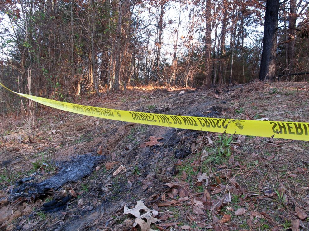 PHOTO: Yellow crime scene tape marks the location where 19-year-old Jessica Chambers was found severely burned, Dec. 10, 2014 in Courtland, Miss.