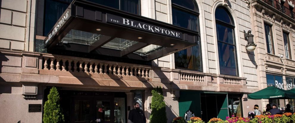 PHOTO: The Blackstone Hotel in Chicago on Oct. 5, 2017. Reports broke that Stephen Paddock, the gunman who killed 58 people in Las Vegas earlier in the week, booked rooms, but did not check in, at the hotel the weekend of the Lollapalooza festival.