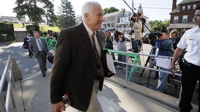 PHOTO: Former Penn State University assistant football coach Jerry Sandusky, arrives with his attorney Joe Amendola, for the second day of jury selection.